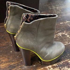 Vintage Betsy Johnson platform boots